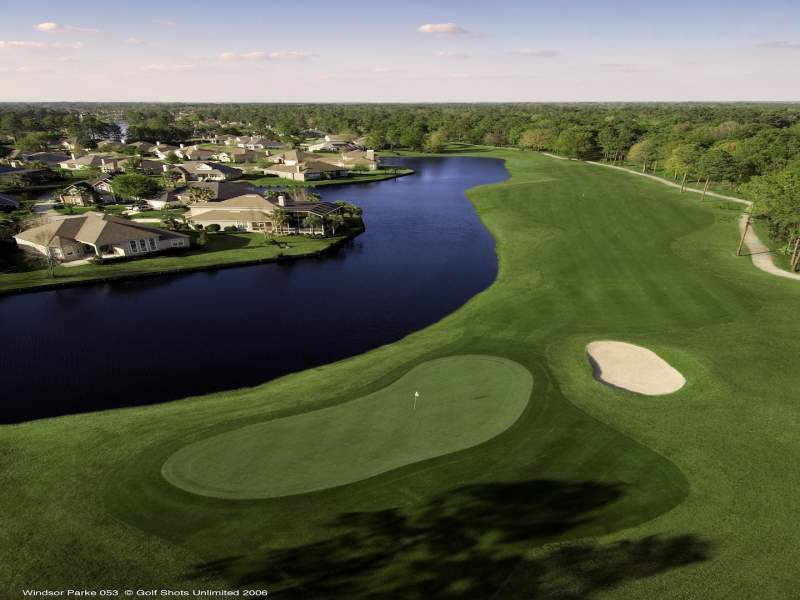 The 9th Hole at Windsor Parke