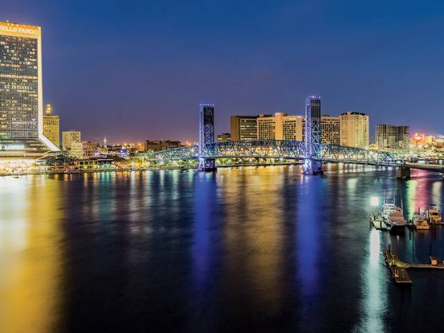 Enjoy Jacksonville's scenic downtown, situated along the St. Johns River.