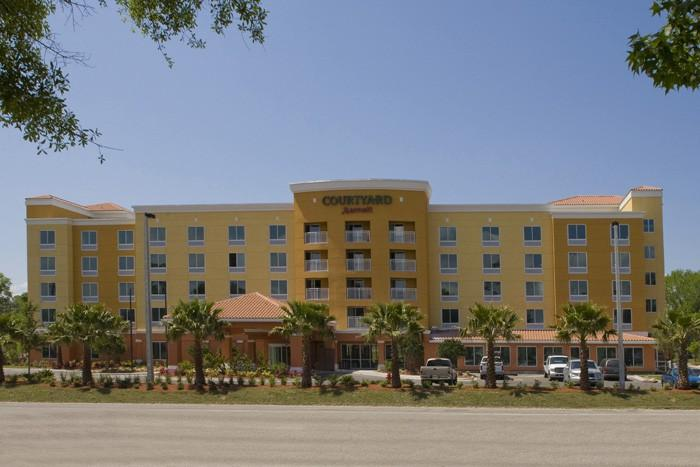 Courtyard by Marriott Orange Park